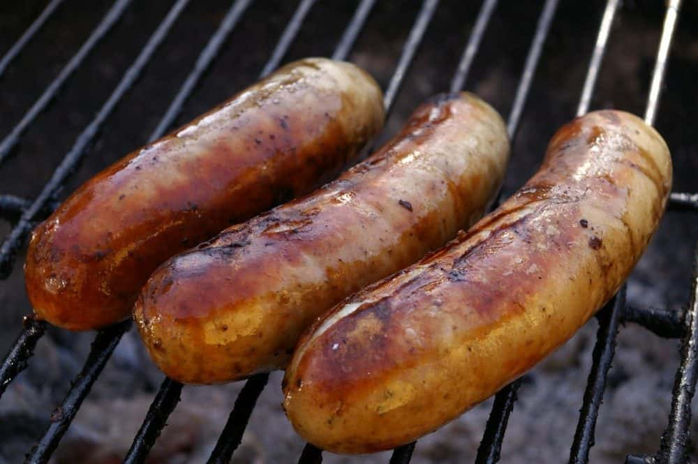 how to smoke bratwurst