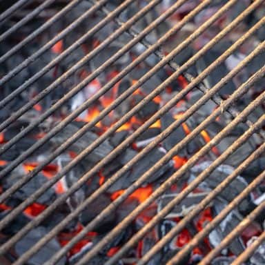 grill grates that have built up rust on them