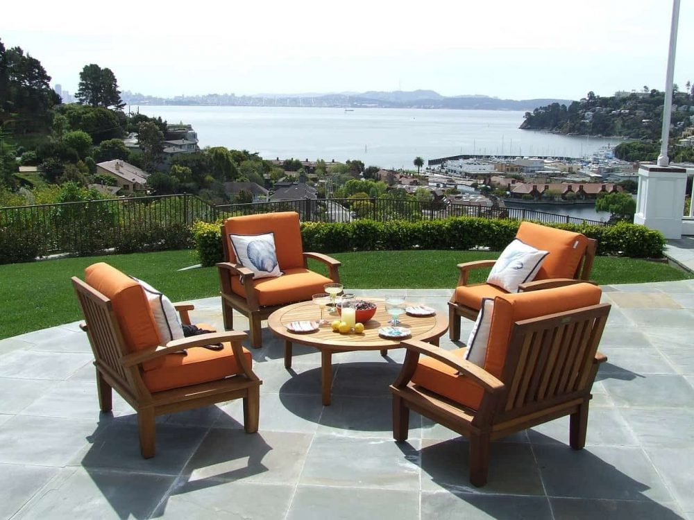 a example of a patio set and The best wood for an outdoor furniture set