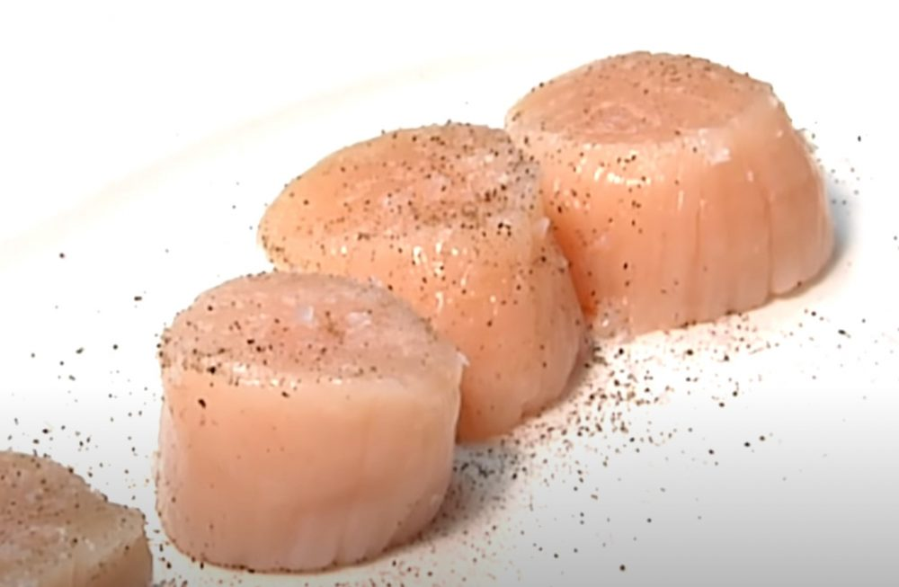 seasoned scallops before going in the smoker