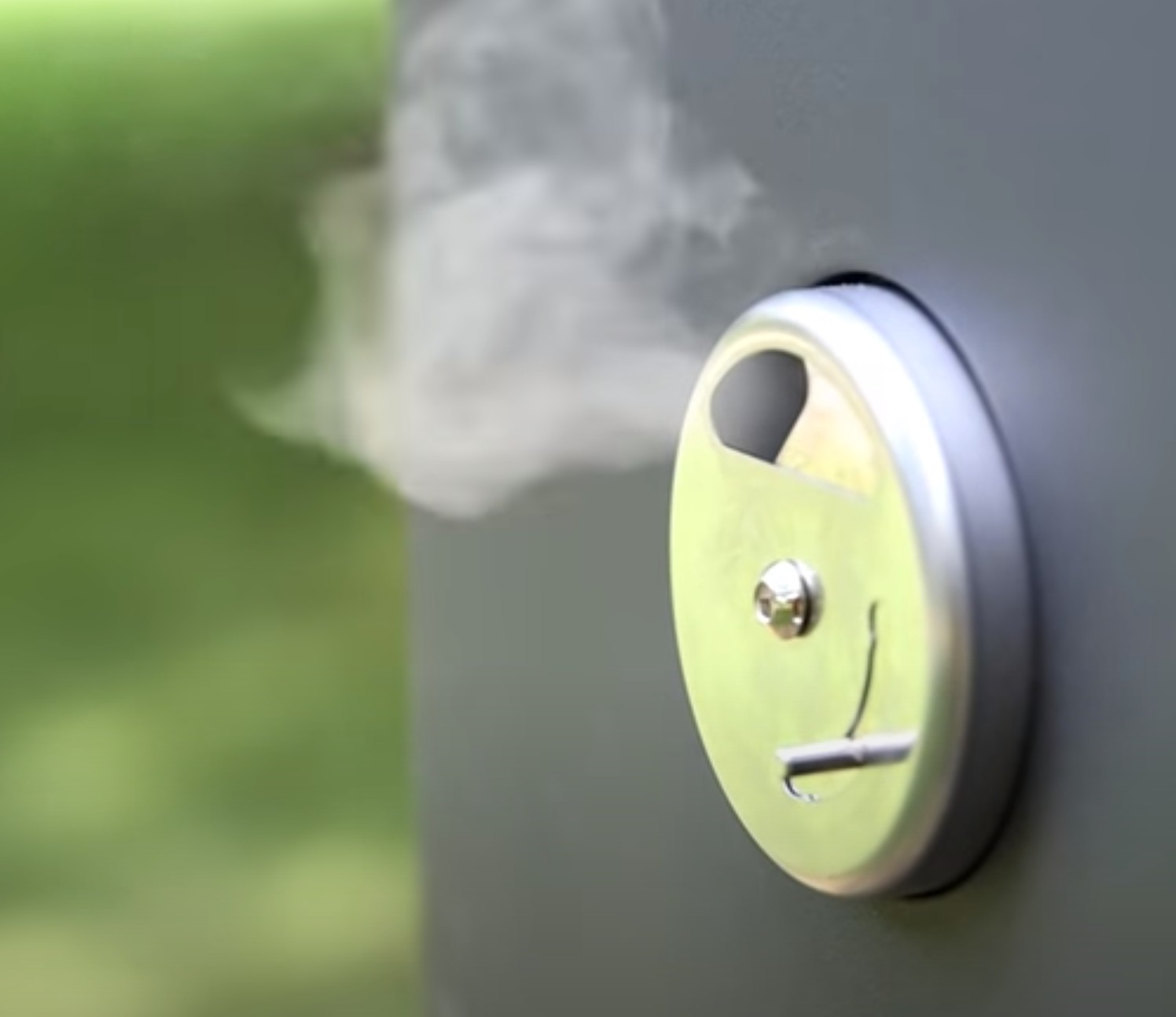 air vent on an electric smoker
