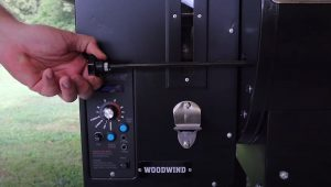 pulling knob on camp chef pellet grill for direct heat