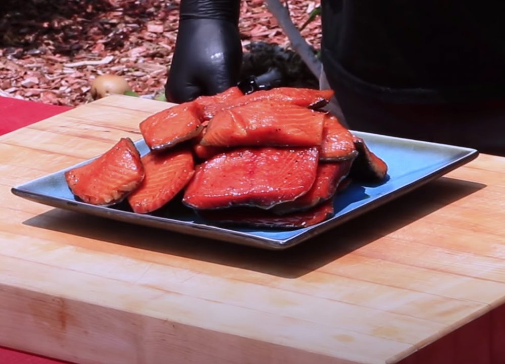finished plate of honey smoked salmon