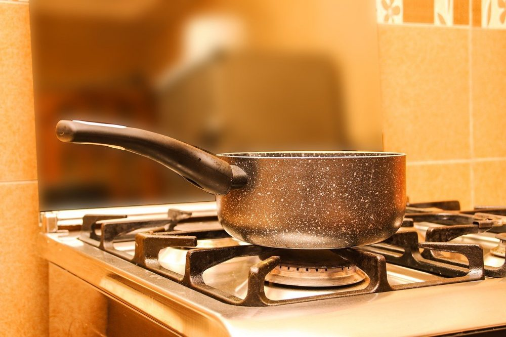 boiling a pot of water to get rid of anthills